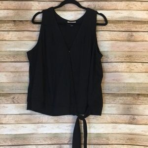 NWOT size XXL Universal Thread Black Wrap Blouse